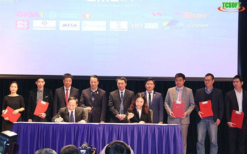 Khởi động chương trình hỗ trợ 98% doanh nghiệp Việt bước vào kỷ nguyên số